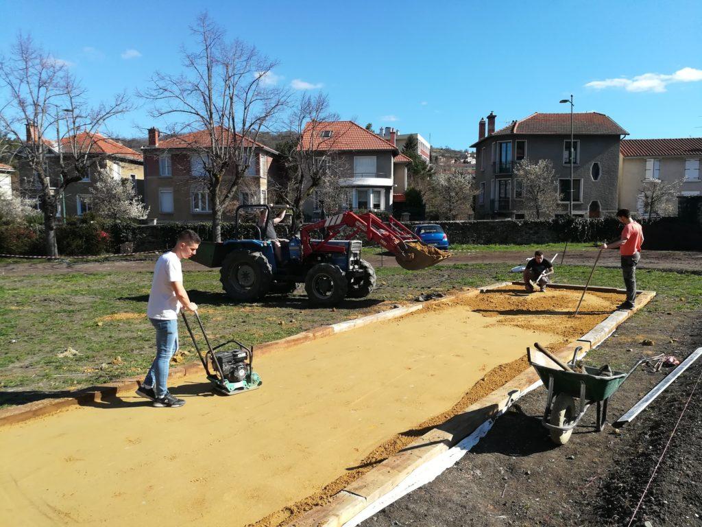 le-projet-damenagement-du-devant-lisvt-un-jardin-pour-lavenir-au-repos