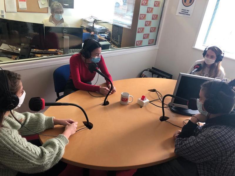 les-terminales-bac-pro-et-le-studio-radio-rcf